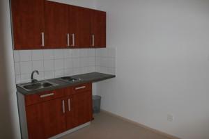 Kuchynka v dvojposteľovej izbe